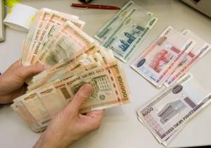 Белорусский рубль все падает